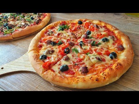 بيتزا سبيسيال بكل اسرار العجينة مع صلصة طماطم