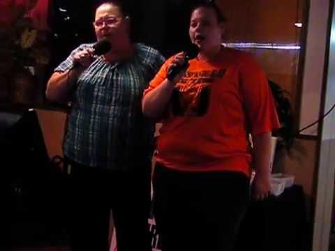 Helene & Michaela Atkinson;  Redneck Yacht Club, karaoke