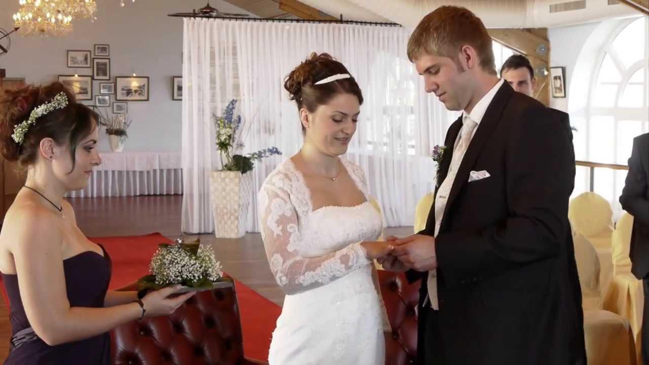 Hochzeit - Hochzeitsvideo von Ankleiden und Standesamt - YouTube