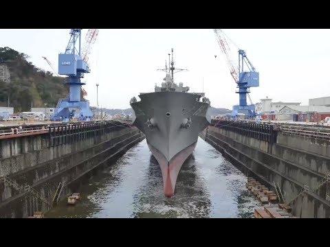 LLC-19 USS BLUE RIDGE Exits Dry Dock (Timelapse)
