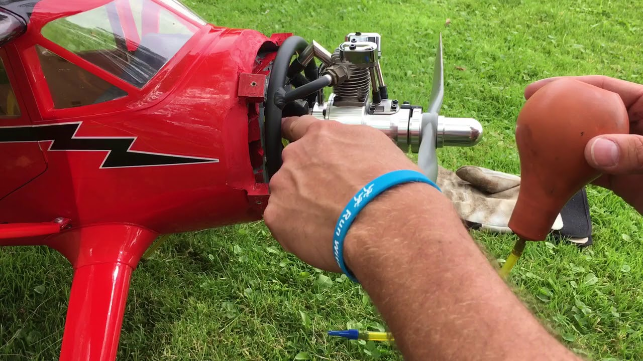 How To Prime and Start a Saito Gas Radial by Tim S
