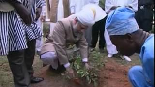 Visit to Ghana 2004 by Hadhrat Mirza Masroor Ahmad (Urdu)