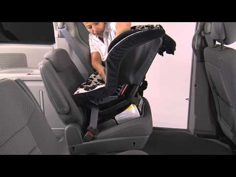 BRITAX Convertible Car Seats: Rear Facing Installation using Lap/Shoulder Belt and One Lock-off