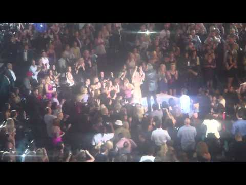 Neil Diamond--Sweet Caroline/America, Billboard Awards 2011