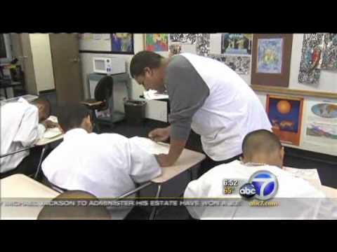 Nonprofit lends student art for donation with artist HeribertoLuna   Video   abc7.com2.flv