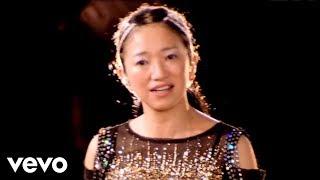 2005.02.16発売 35thシングル「何度でも」 作詩:吉田美和 作曲:中村正...