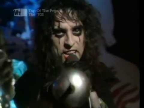 Alice Cooper - School's Out (Live on TOTP December 1972)