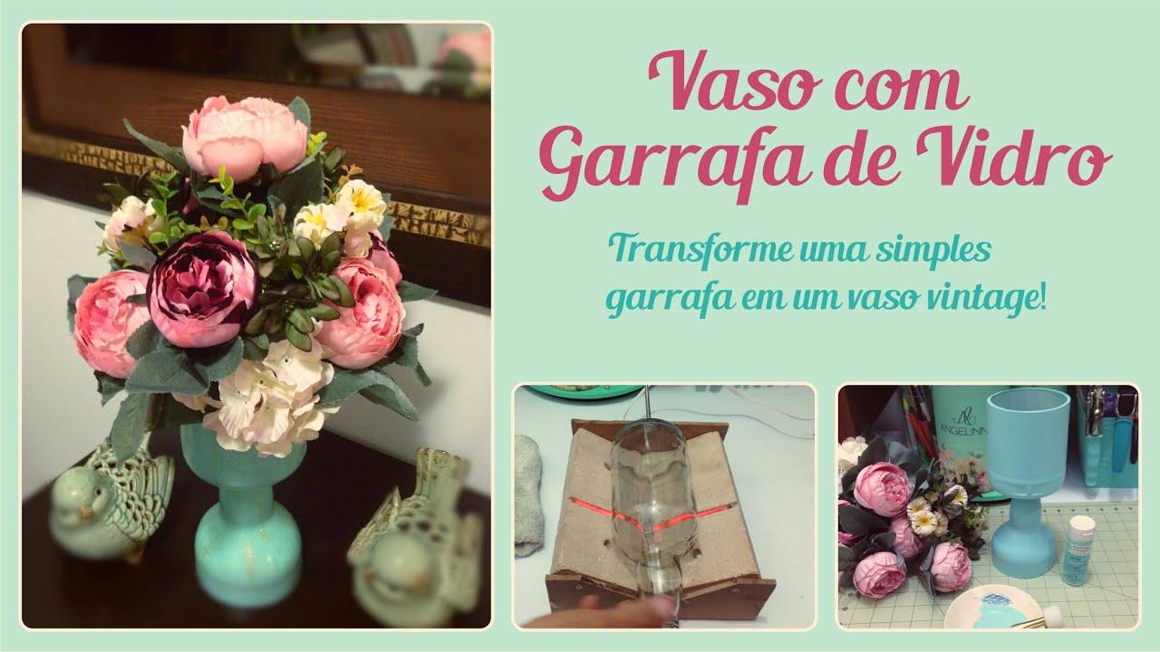 Vaso com Garrafa de Vidro   #9F2C4C 2177x1225
