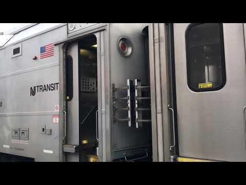 7742 Nj transit multilevel leaving at bound brook