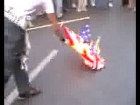 Fuck Usa : Your flag burning