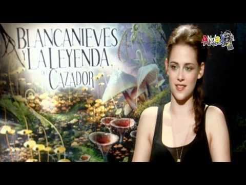 Pedro Aznar habla con Kristen Stewart sobre su nueva película
