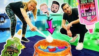 SCHLEIM SCHIFFCHEN CHALLENGE Wer fischt die besten Boote aus dem Pool? Kathi vs Kaan Slime Challenge