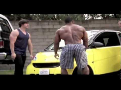 BEAR GRYLL's BODYBUILDERS LIFTING THE CAR.flv - YouTube