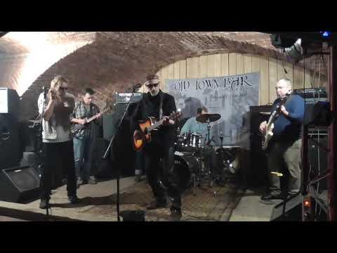 Дима Бг в клубе Old Town Bar в Москве 29.11.2019 S2040005