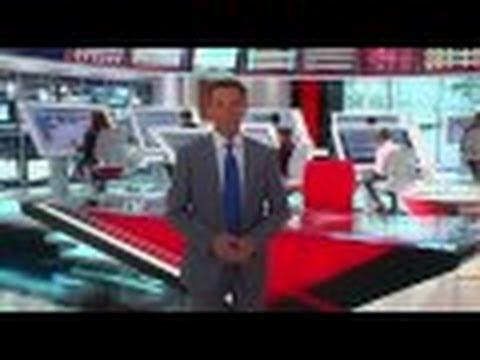 Shepard Smith Gives Tour of His High-Tech Fox News Deck