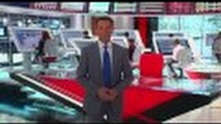 shepard smith gives tour of his high tech fox news deck