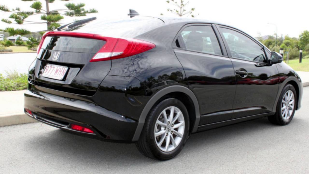 Attractive 2013 Honda Civic 9th Gen MY13 VTi S Black 5 Speed Sports Automatic Hatchback