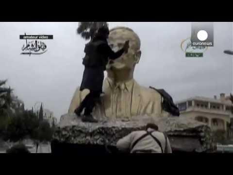 Syria: Idlib 'captured' by Islamist rebels in blow to Assad regime