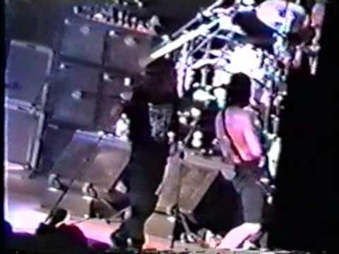 Pearl Jam - 1992-05-13 Los Angeles, CA (Full Concert)