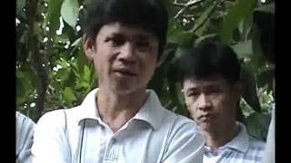 Cô Vũ Thị Hòa bốc mộ liệt sĩ ở xã Bảo Vinh Long Khánh Phần 4