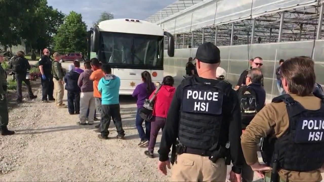 immigration agents arrest 114 - 1140×641