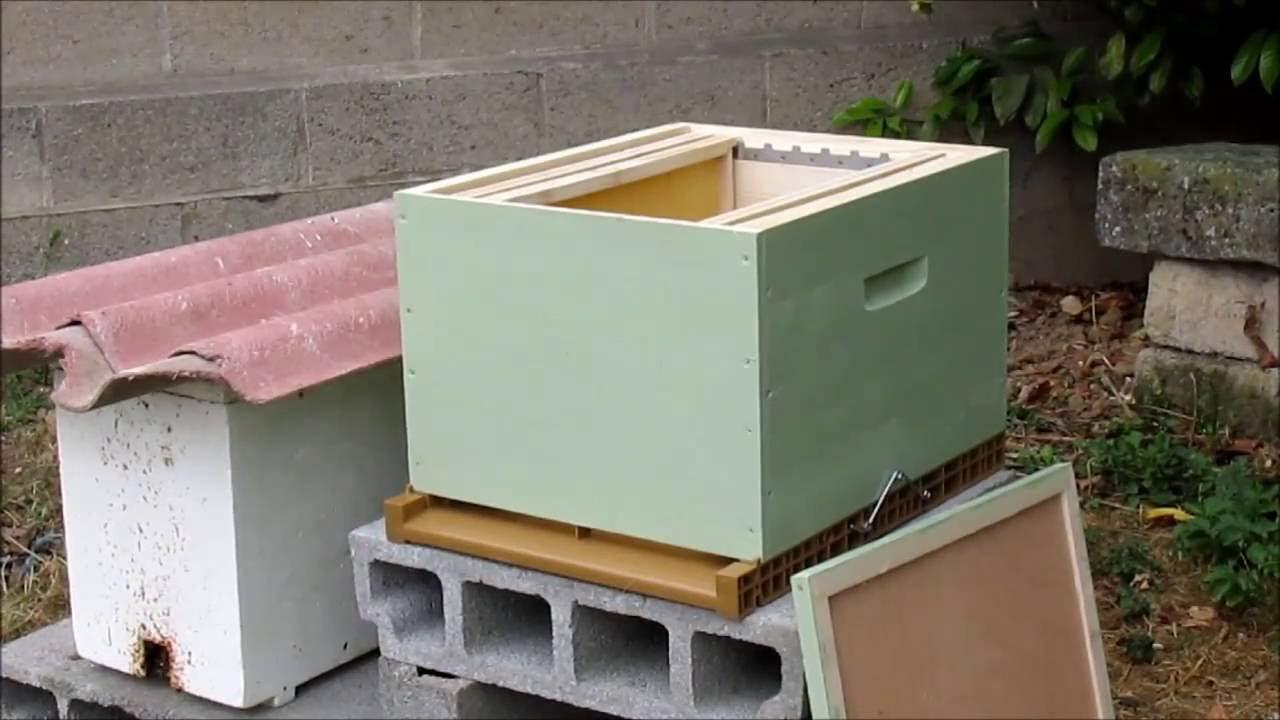 peindre une ruche dadant soit m me paint a hive youtube. Black Bedroom Furniture Sets. Home Design Ideas