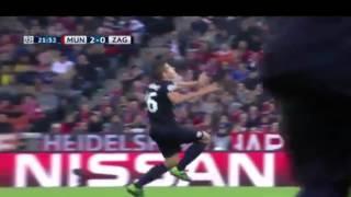 Бавария 2:0 Динамо Загреб (LIVE)(Бавария 4:0 Динамо Загреб (LIVE) Голы: 1:0 Дуглас Коста 13′ 2:0 Левандовский 21′, 2015-09-29T19:19:25.000Z)