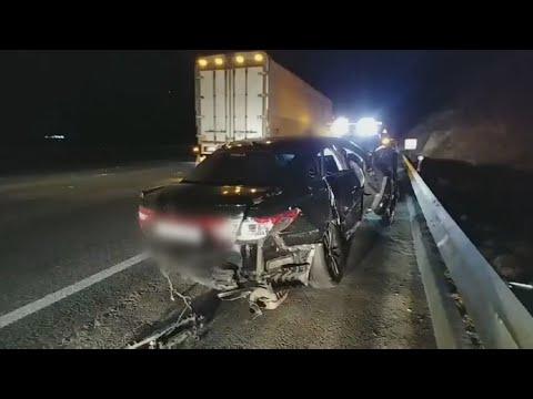 [사건사고] 경부고속도로서 승용차 4대 추돌…2명 사망ㆍ8명 부상 / 연합뉴스TV (YonhapnewsTV)