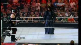 Undertaker Return Help Kane Raw 23/07/12 Ep.1000