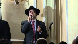 Yona Baumann Sings Chuppah
