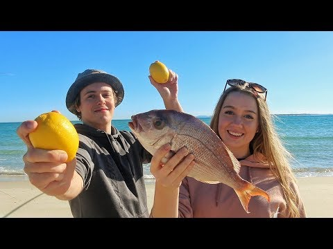 SHALLOW REEF FISHING - Catch n Cook (Lemon & Butter) Snapper! Cooked on small Island