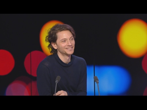 Raphaël, le chanteur ouvre un nouveau chapitre