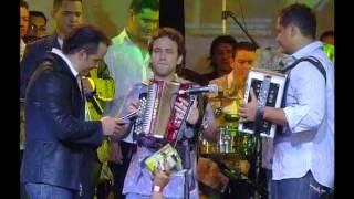 Olvídala - Jorge Celedon, Jean Carlos y Nelson Velasquez (Concierto Los 3 Amigos)