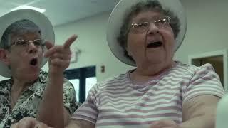 在98歲獨居老人家放了一台攝影機 拍到她每天竟然做如此奇怪的事情 令人鼻酸