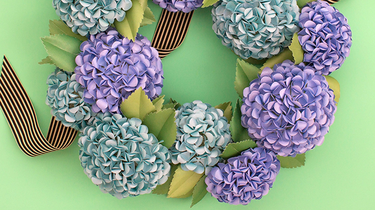 Make A Paper Flower Hydrangea Wreath