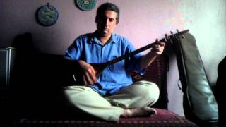 Reza Mazandarani playing the Shoorangiz ( Setar or Tar like instrument) iranian persian music funny