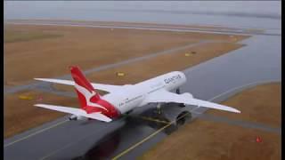 SBS FINANCE | Qantas Dreamliner 787-9 arrives in Sydney | Ricardo Goncalves