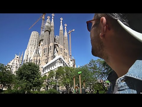 WOW AIR TRAVEL GUIDE APPLICATION | BARCELONA
