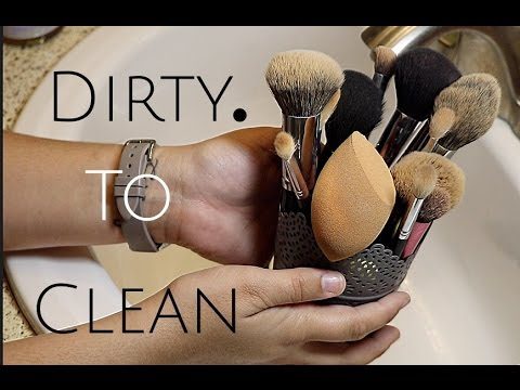 How i clean my makeup brushes!