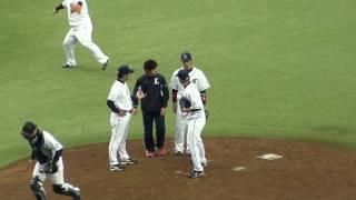 埼玉西武 2010年/ブライアン・シコースキー投手の腕グルグル