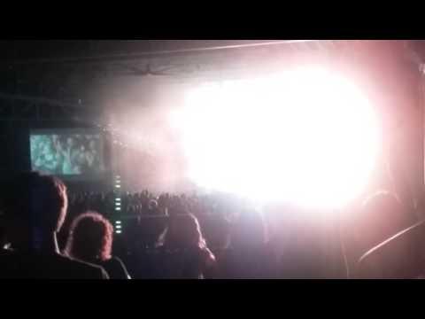 Weezer Encore - Buddy Holly - Walnut Creek Amphitheater - Raleigh NC - June 22 2016