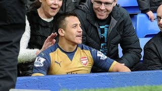 Alexis Sanchez make Fun with Everton fans