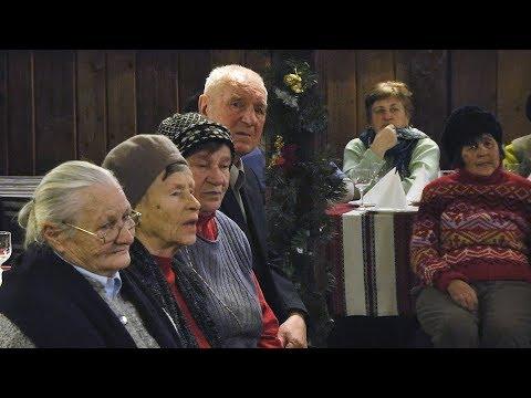 Телеканал НТК: Одиноким людям Коломиї влаштували святкову вечерю