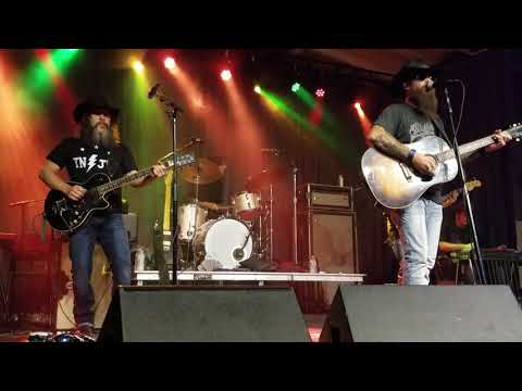 Cody Jinks - Must Be The Whiskey -Lexington KY 7-16-2018