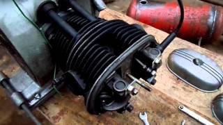 видео Регулировка зазора в механизме привода клапанов