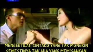 Download Dygta Feat. Andina - Tak Mungkin Ku Melepasmu (Original Video Klip) 2002 Mp3
