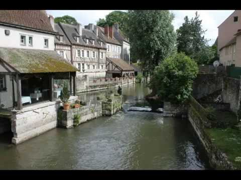 Ville de chartres youtube for Piscine chartres