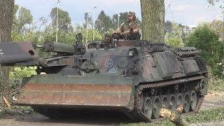 [STURM 2014] - Bundeswehr beseitigt Sturmschäden in Düsseldorf - Pionierpanzer Dachs bei der Arbeit