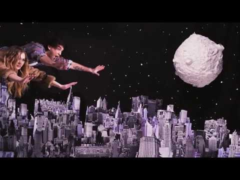 All Time Low - Somewhere In Neverland (Official Music Video)