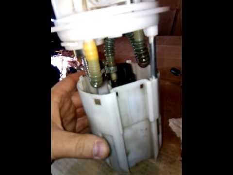 Замена датчика уровня топлива ДУТ на ваз 2114 - Видео приколы ржачные до слез